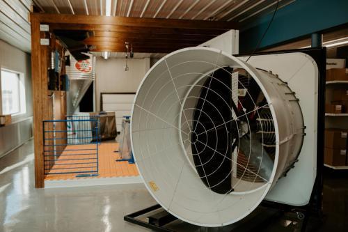 SKOV Ventilation Blue Fan